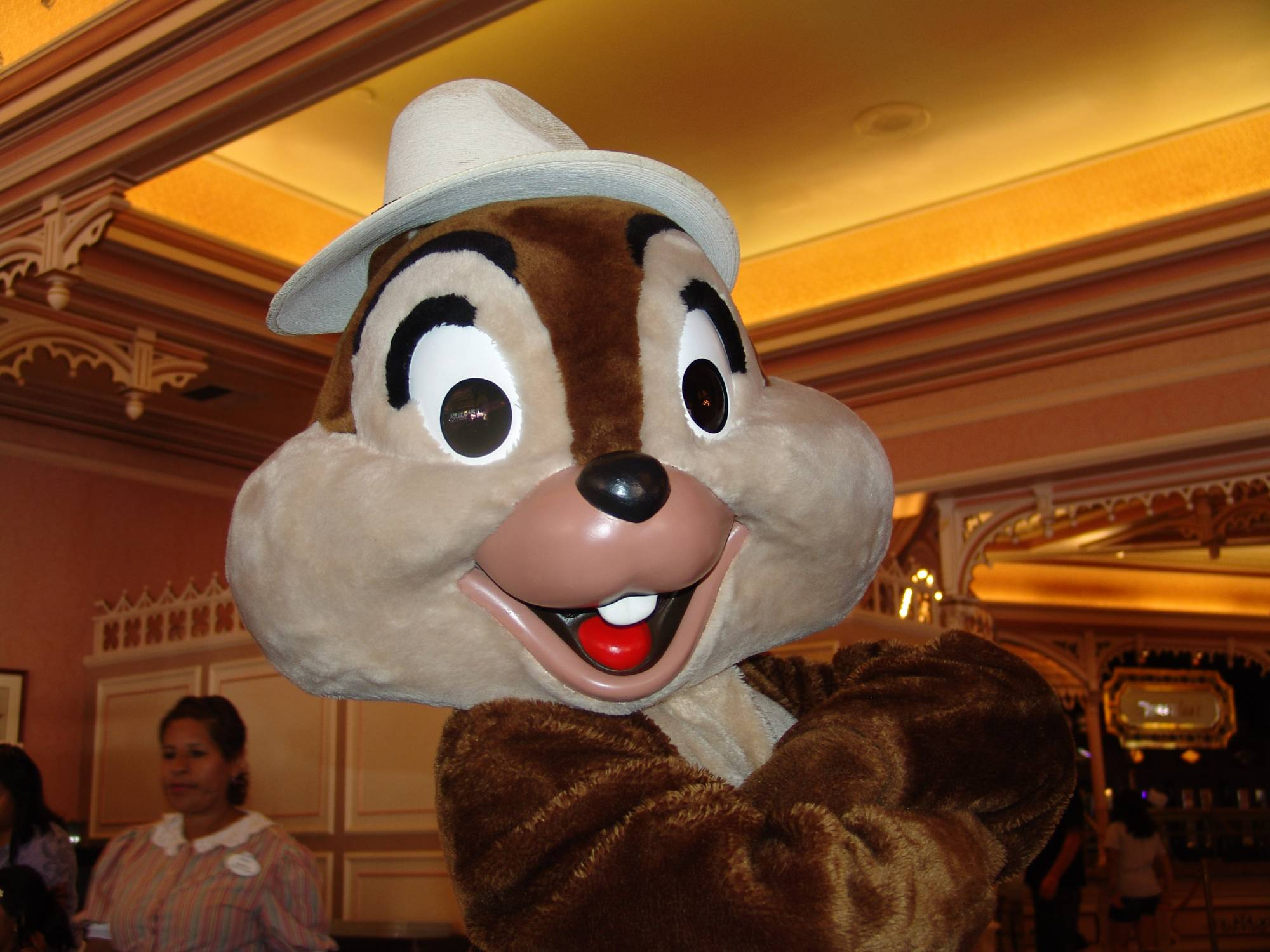 Start your day with a character meal at Disneyland | PassPorter.com