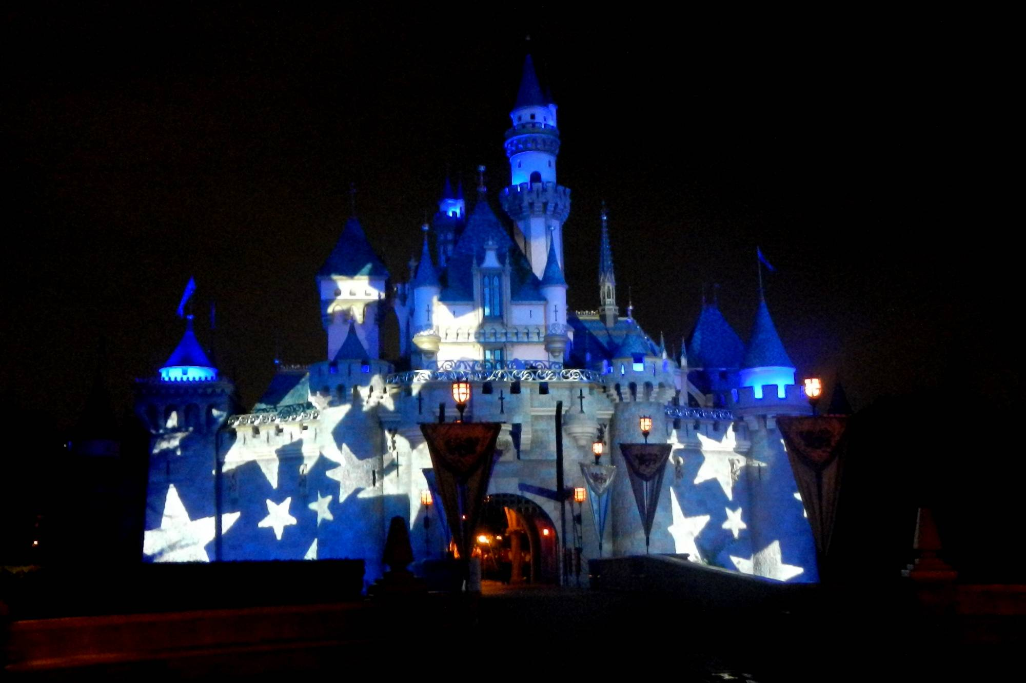 Castle Lighting Effects - Mickey's Halloween Party 2012 photo