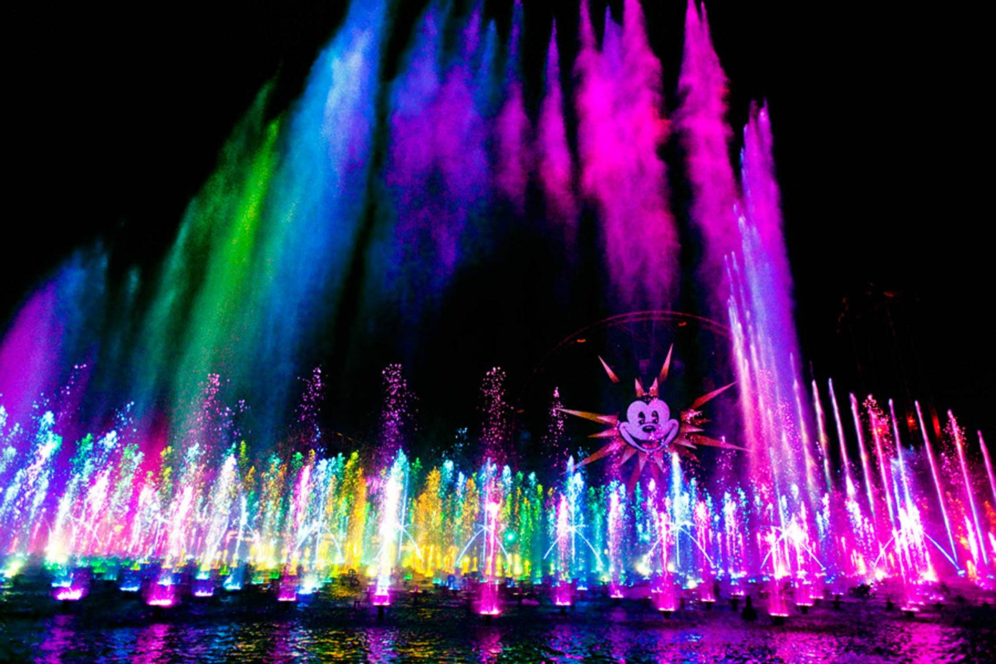 Experience Disneyland's World of Color | PassPorter.com