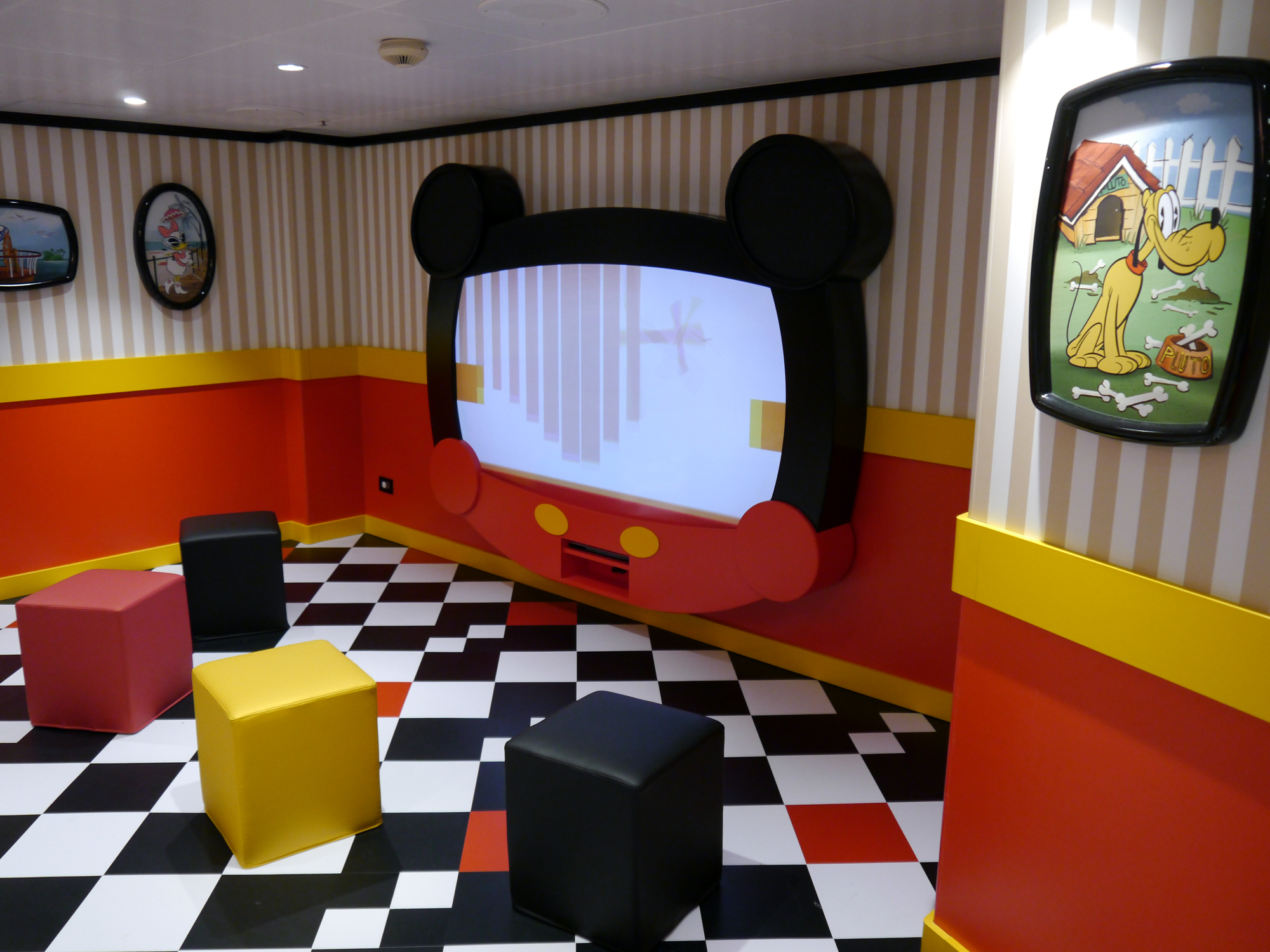 A report from the first sailing of the renovated Disney Magic ship |PassPorter.com