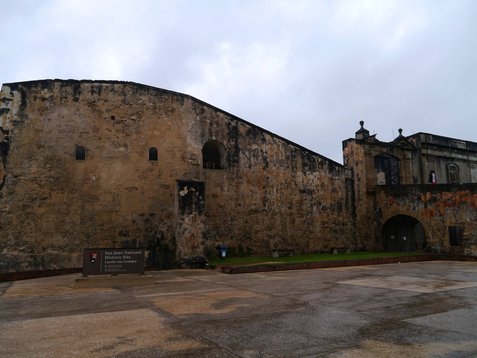Explore the Castillo San Cristobal in San Juan  |PassPorter.com