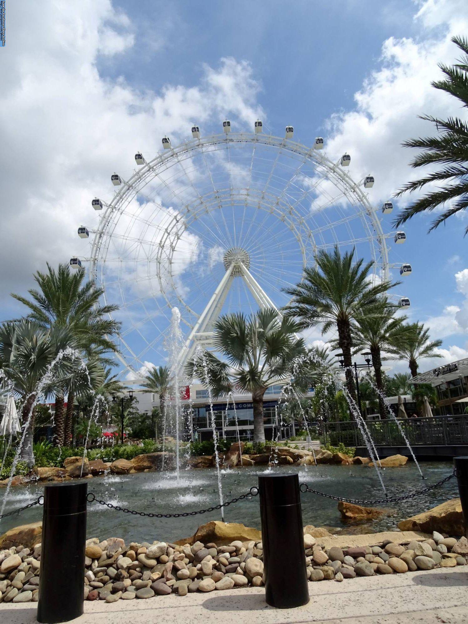 Enjoy a birds eye view of Orlando on the Orlando Eye |PassPorter.com