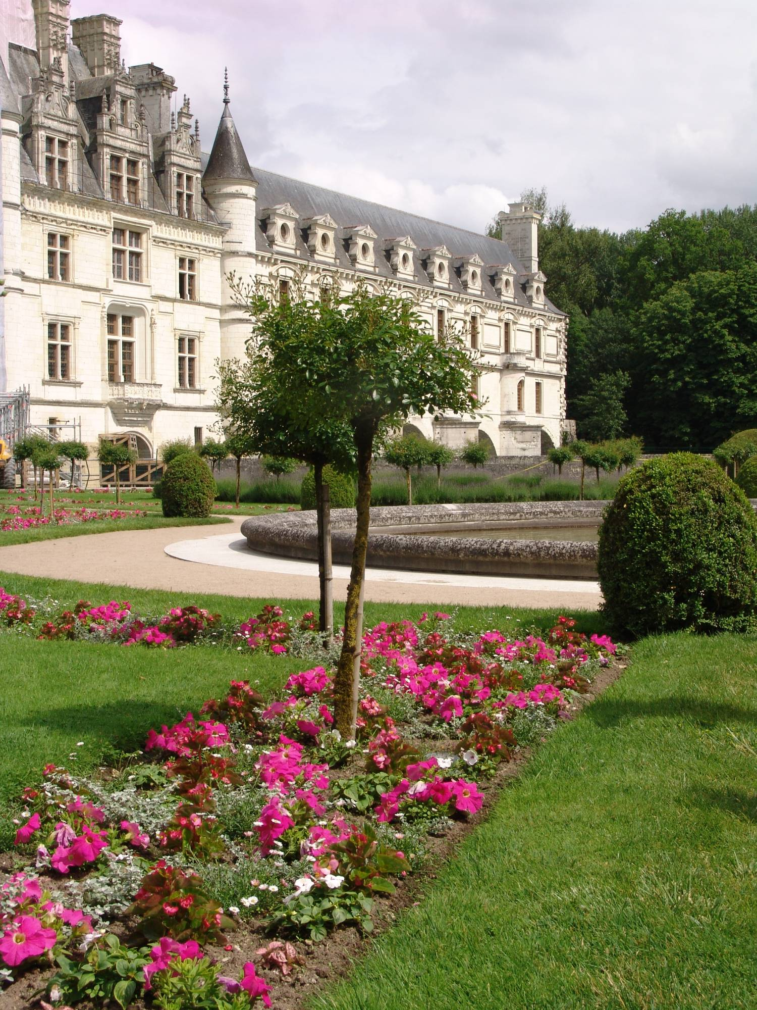 Explore the castles of the Loire Valley |PassPorter.com