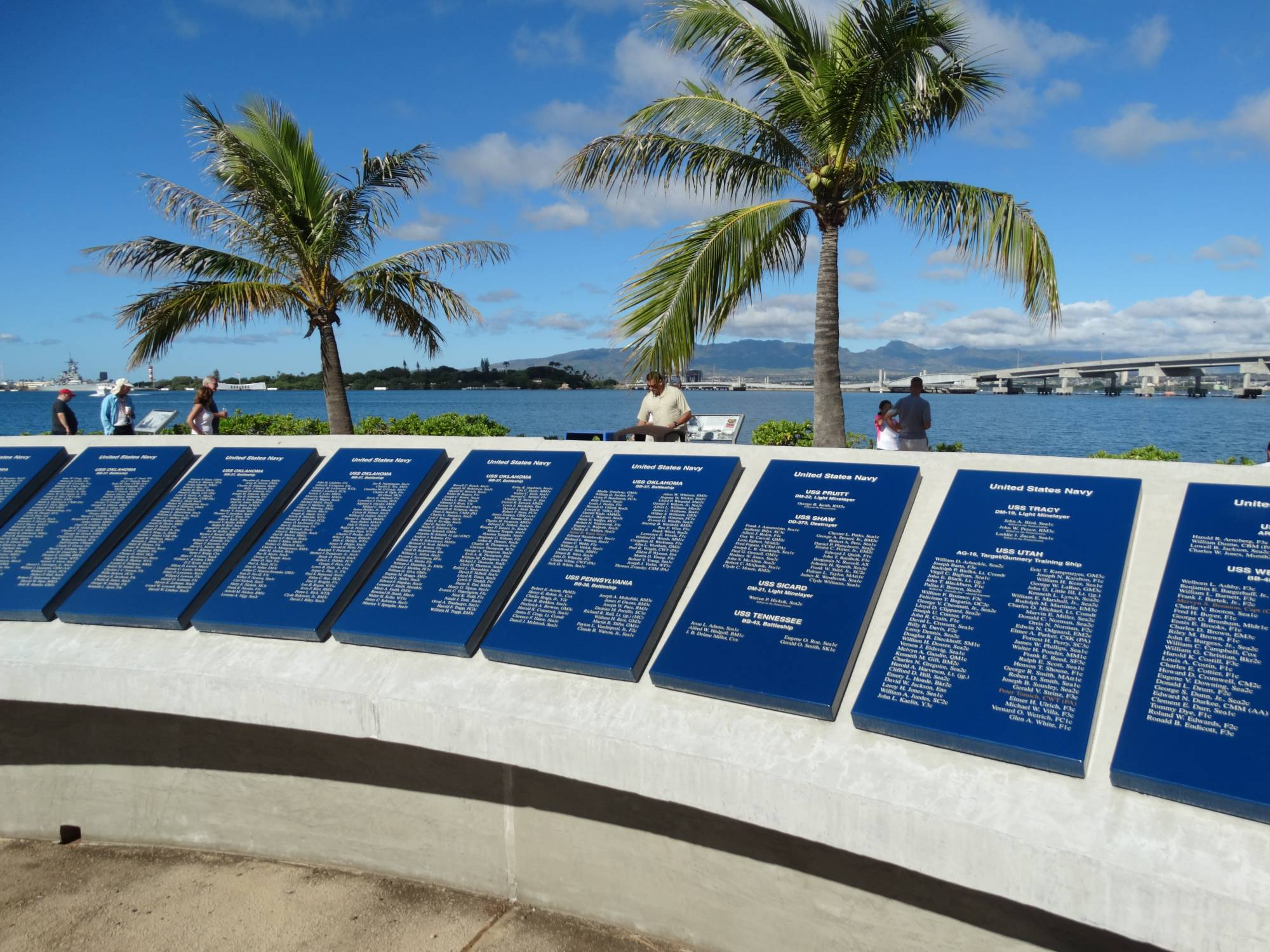 Visit the Pearl Harbor Memorial while staying at Aulani | PassPorter.com