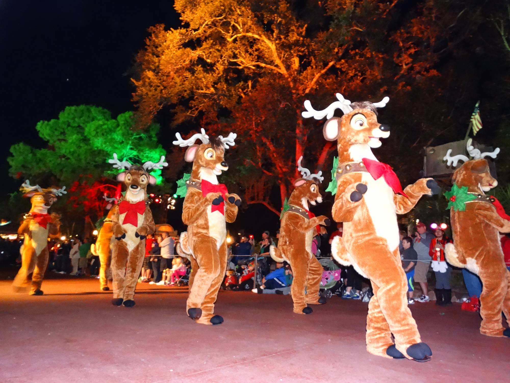 Celebrate the holidays with Mickey at Mickey's Very Merry Christmas Party |PassPorter.com