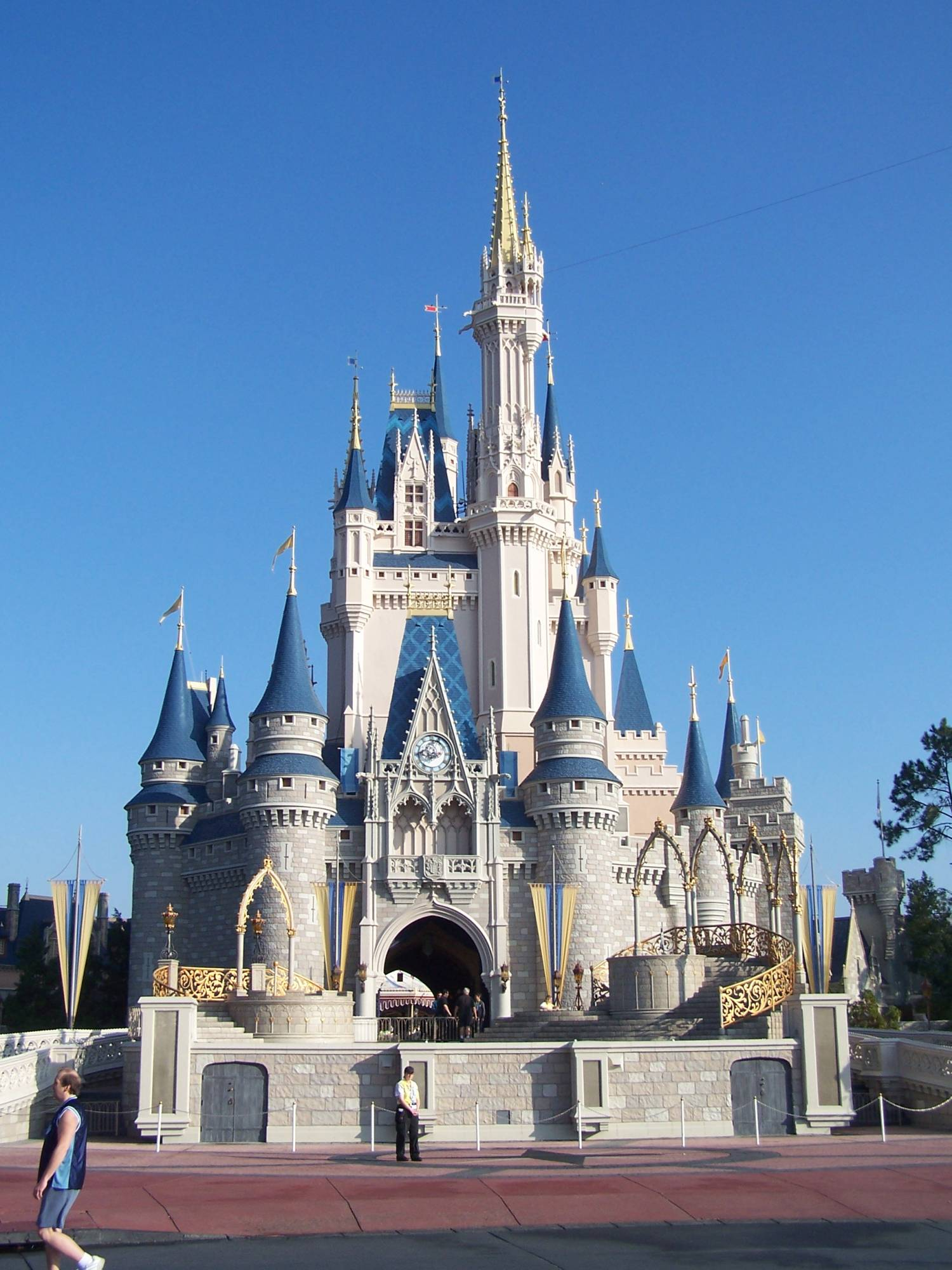 Learn whether a Walt Disney World Annual Pass is right for you |PassPorter.com