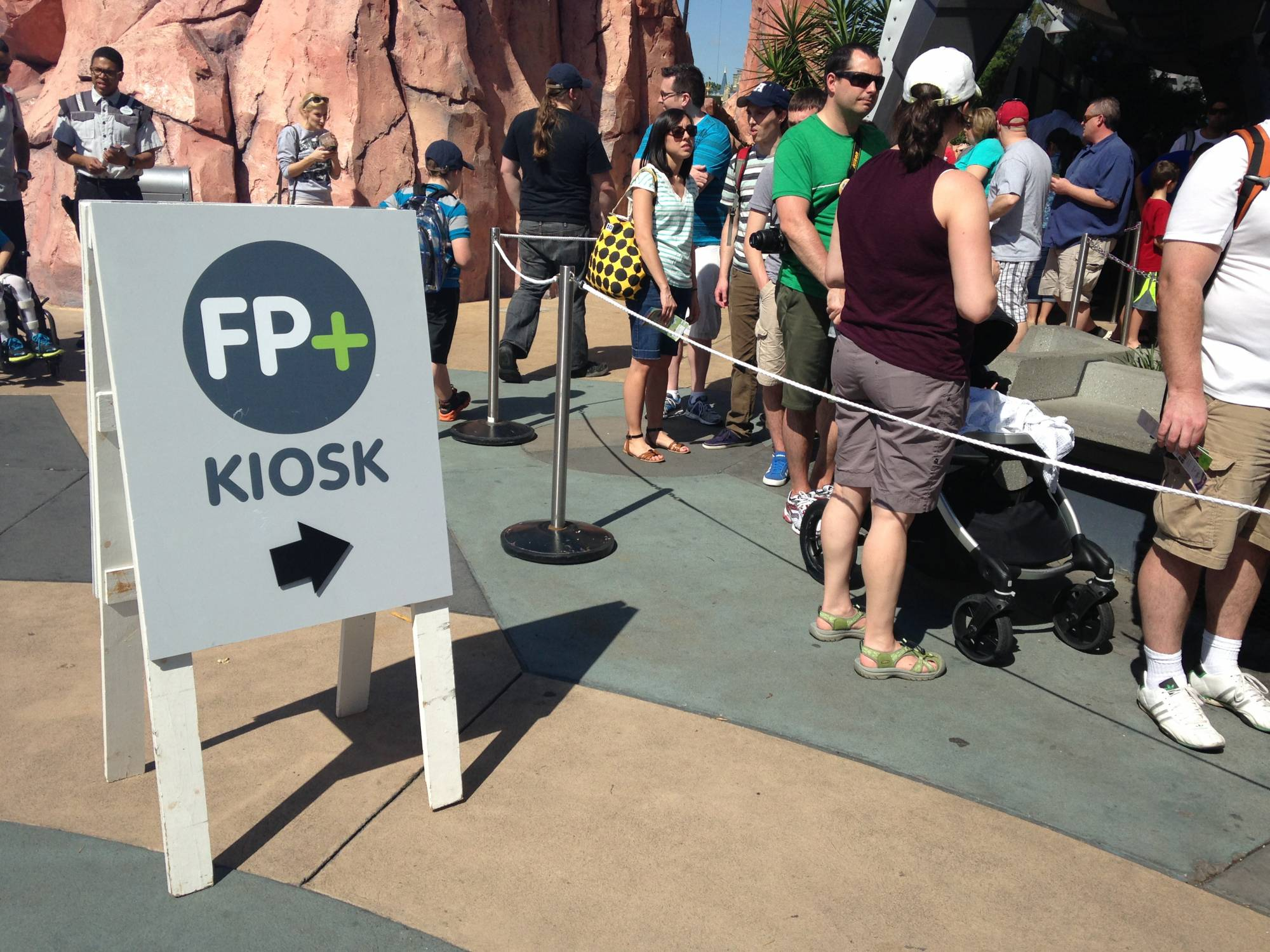 Tips for making your FastPass Plus reservations | PassPorter.com