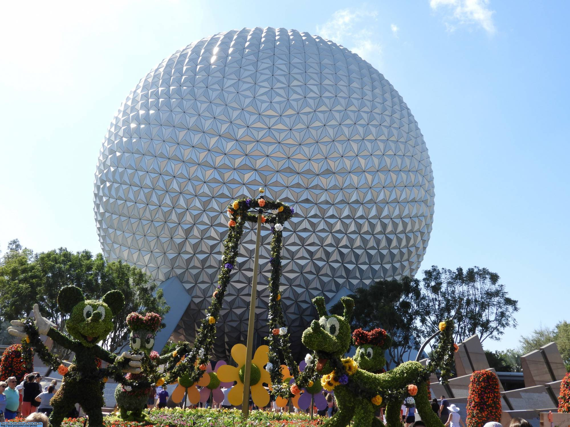Enjoy exploring the 2017 Epcot Flower and Garden Festival |PassPorter.com