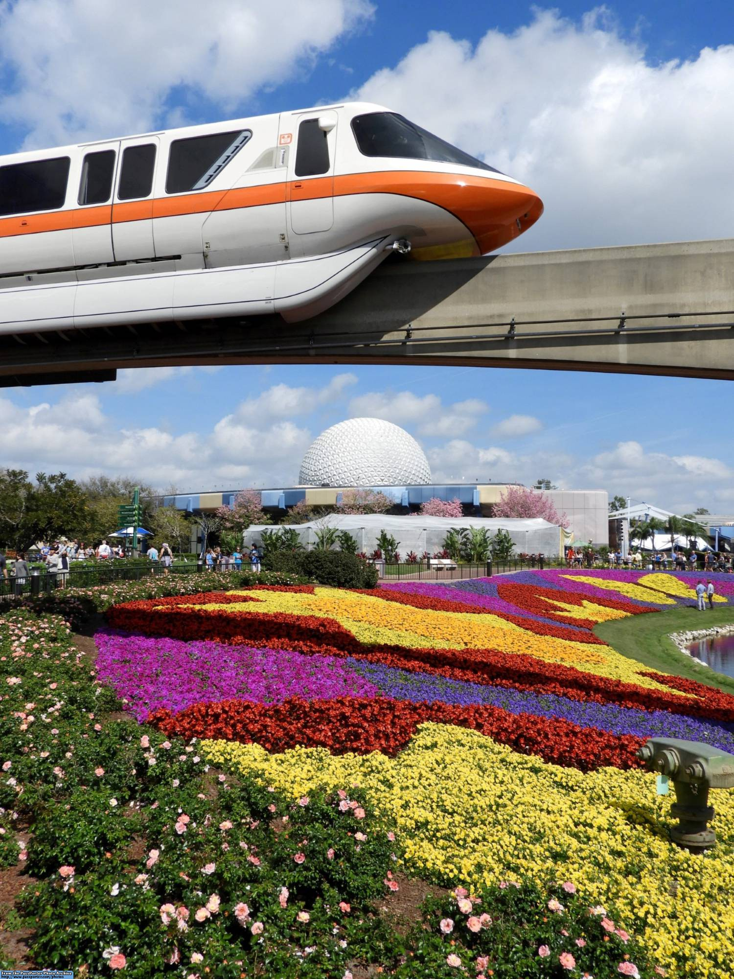 Enjoy exploring the 2017 Epcot Flower and Garden Festival | PassPorter.com