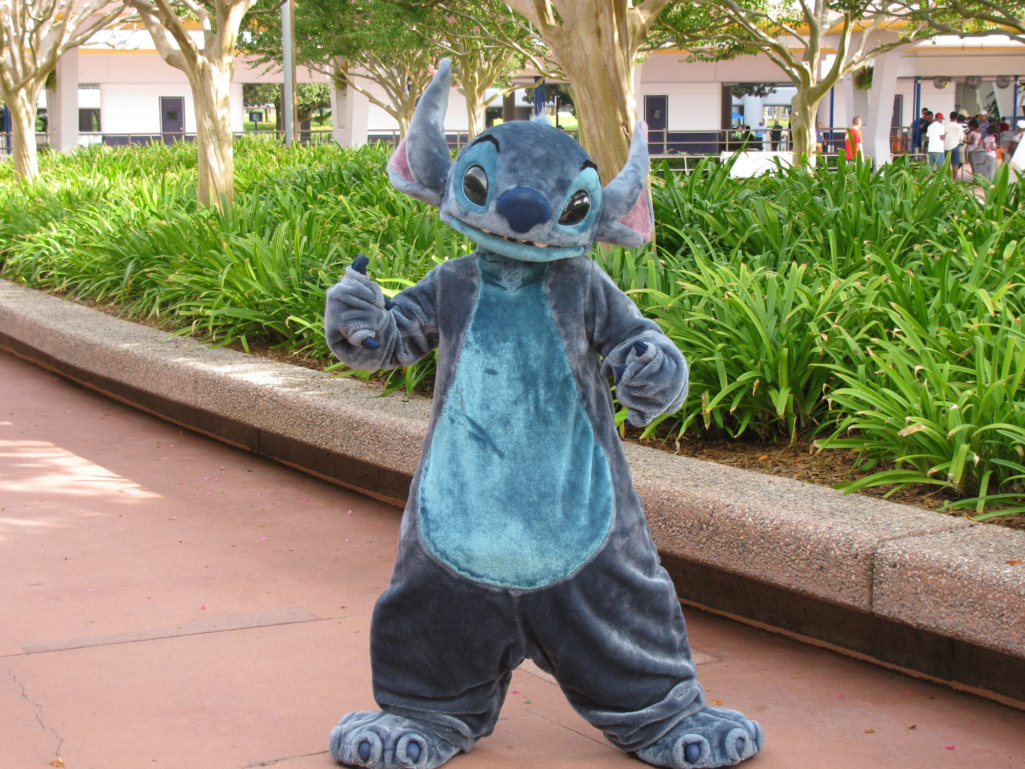 The Cast Members help make the magic and save the day at Walt Disney World |PassPorter.com