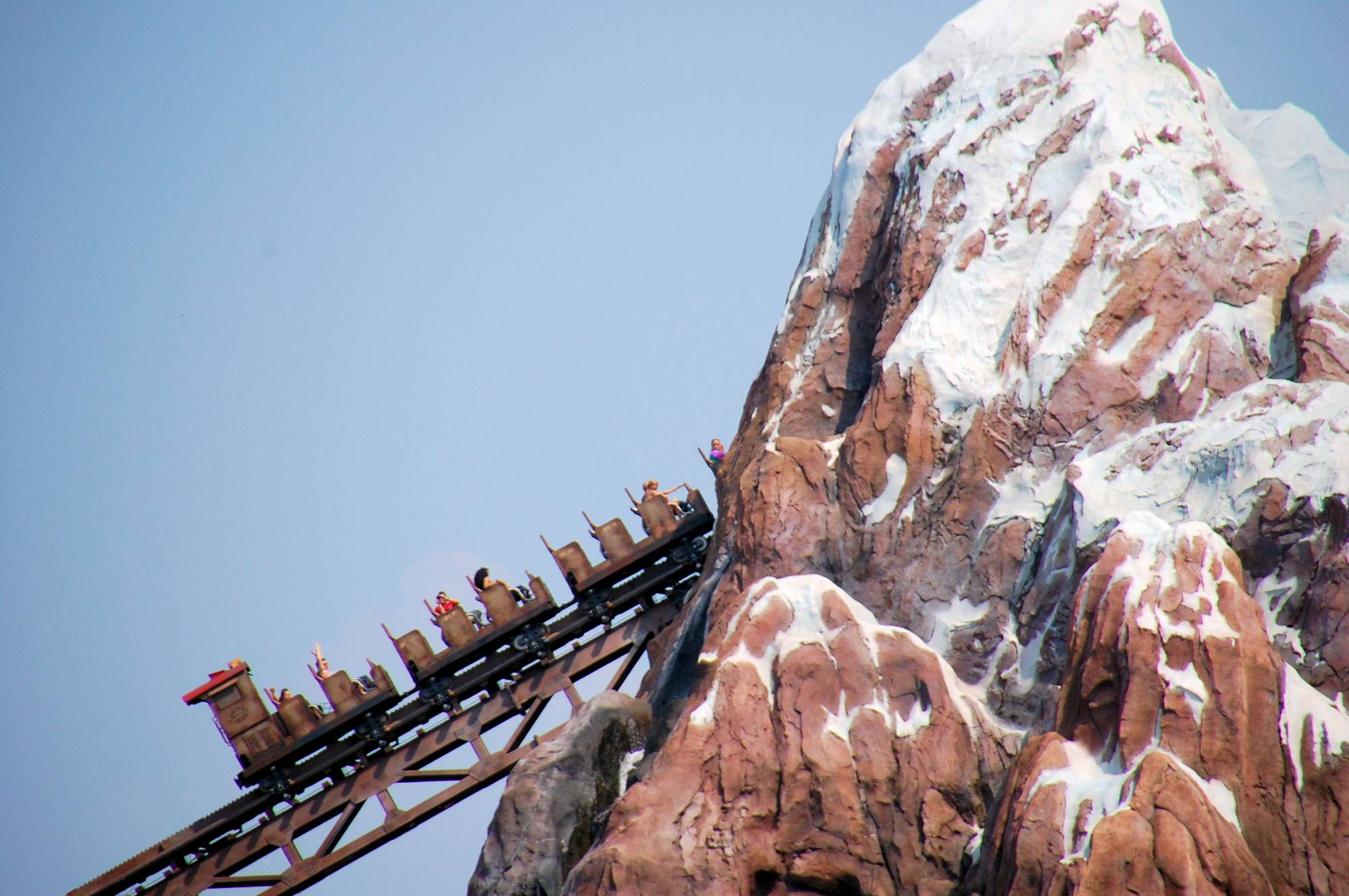 Learn how to conquer your fears on thrill rides at Walt Disney World |PassPorter.com