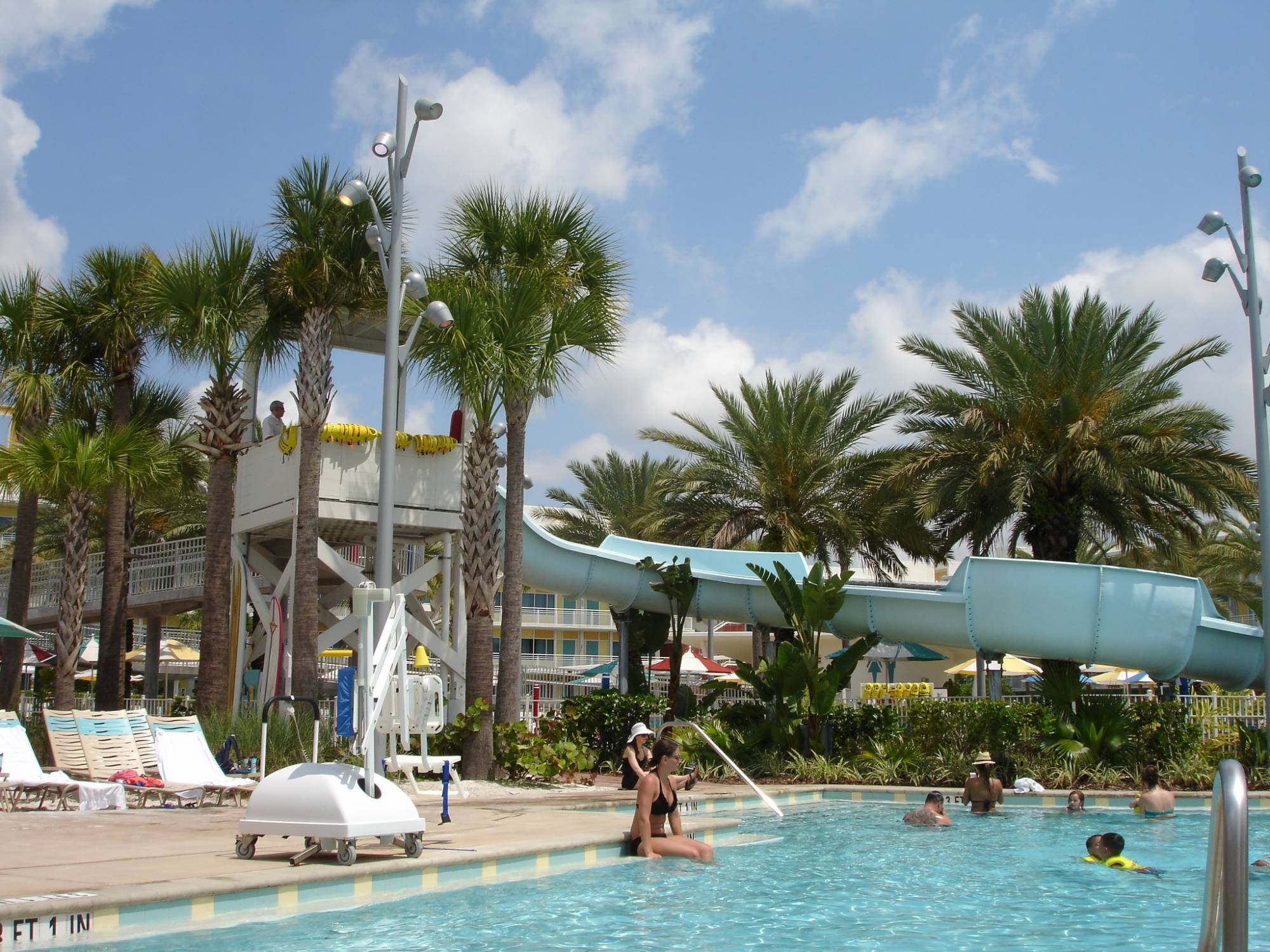 Enjoy a retro vacation at Universal Orlando's Cabana Bay Beach Resort |PassPorter.com