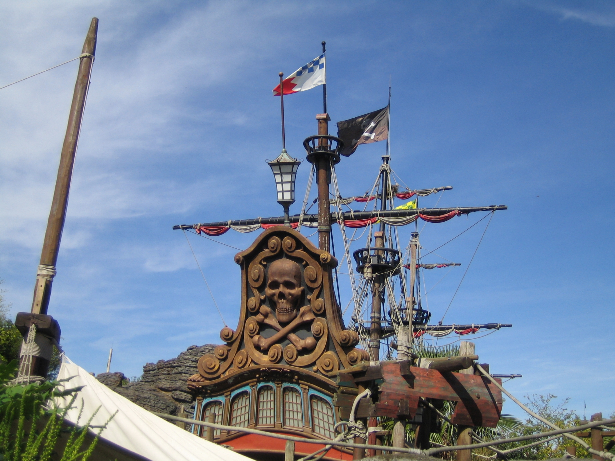 Disneyland Paris - Adventureland - Pirate Ship