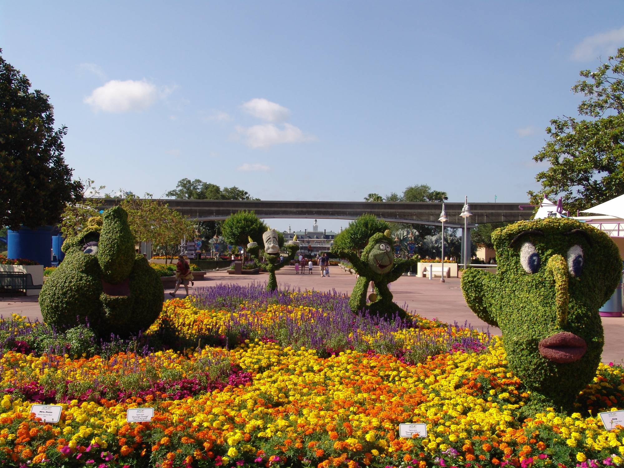 Epcot - Flower and Garden Festival topiaries
