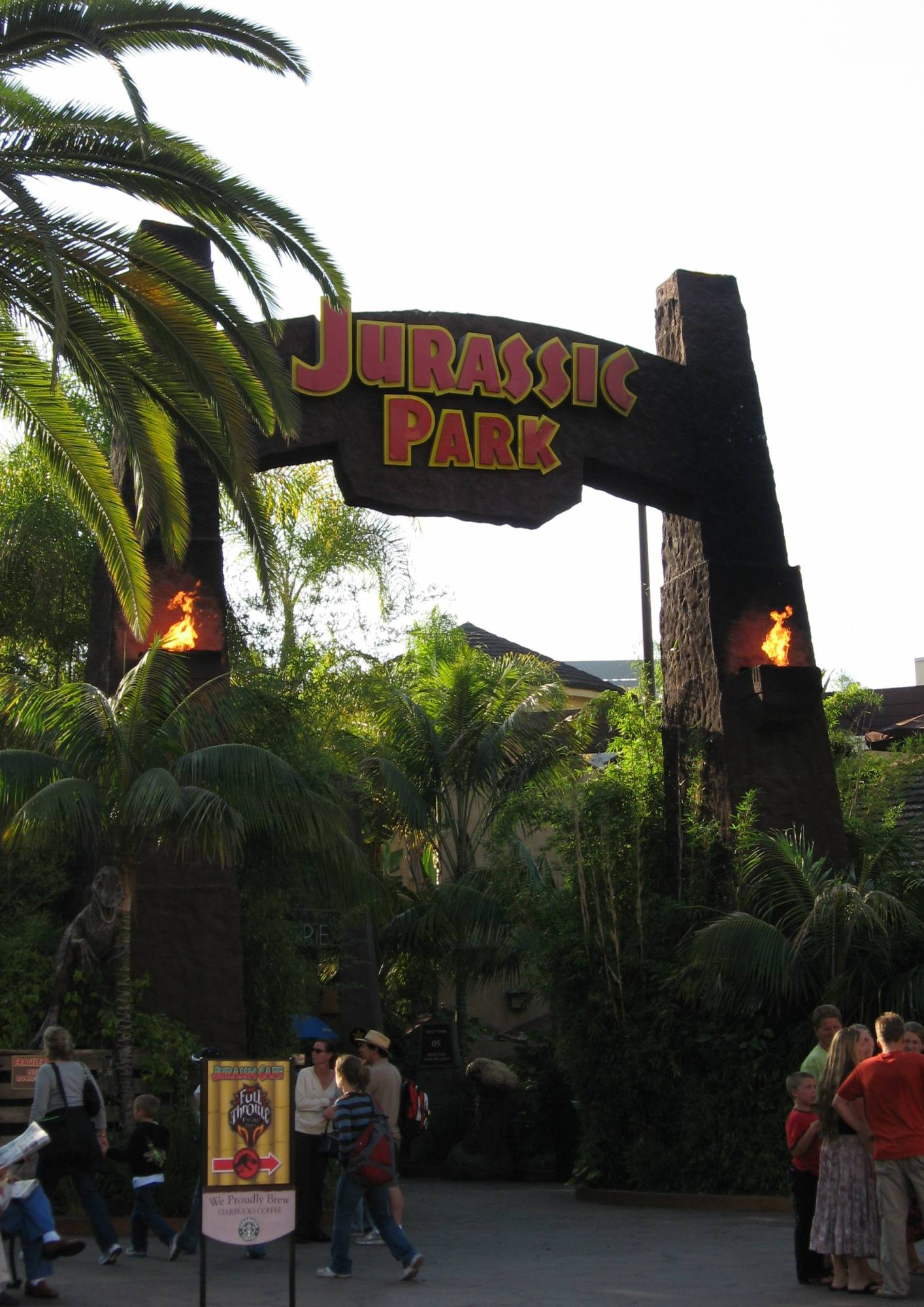 Universal Studios Hollywood - Jurassic Park Ride