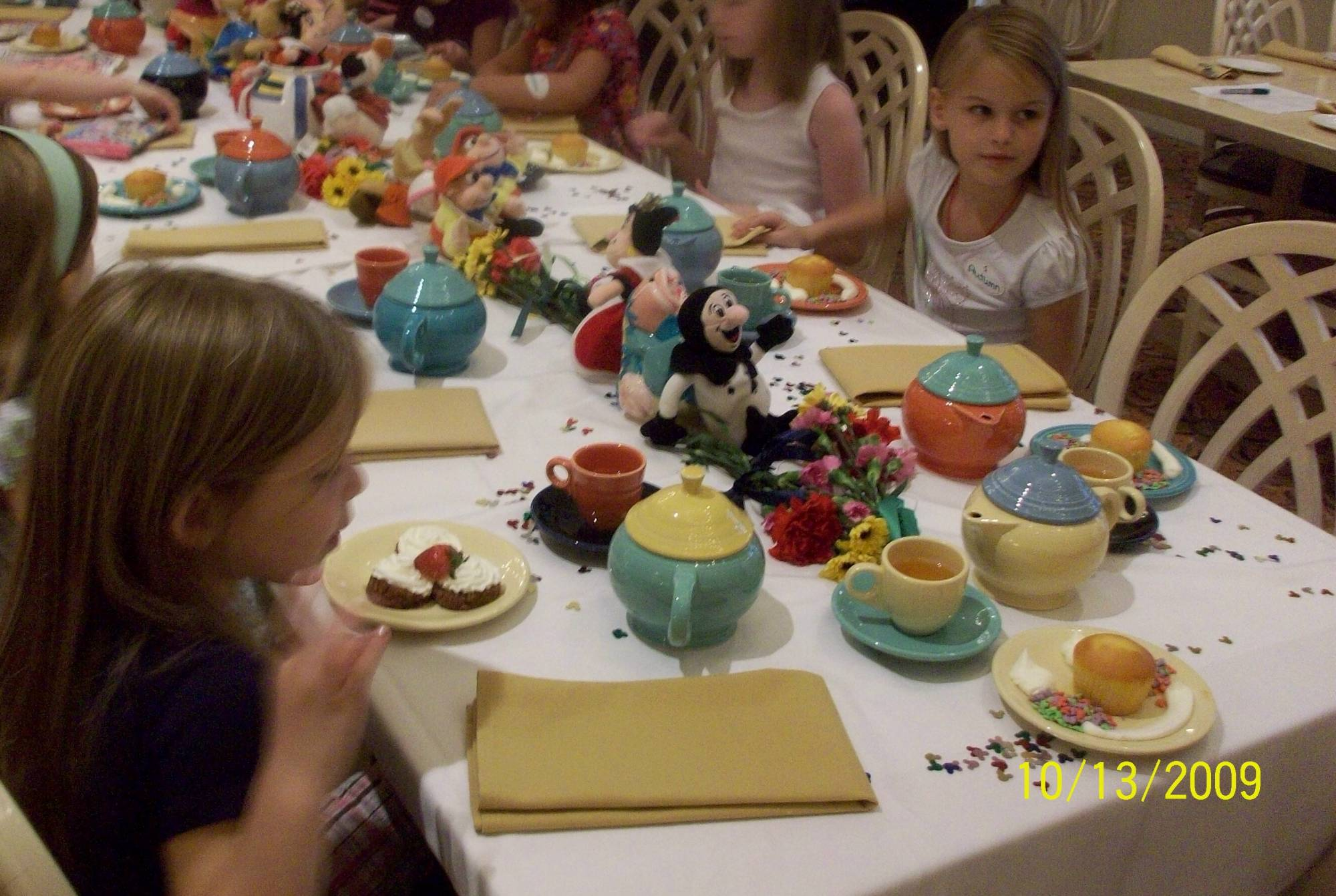 Grand Floridian - Wonderland Tea Party