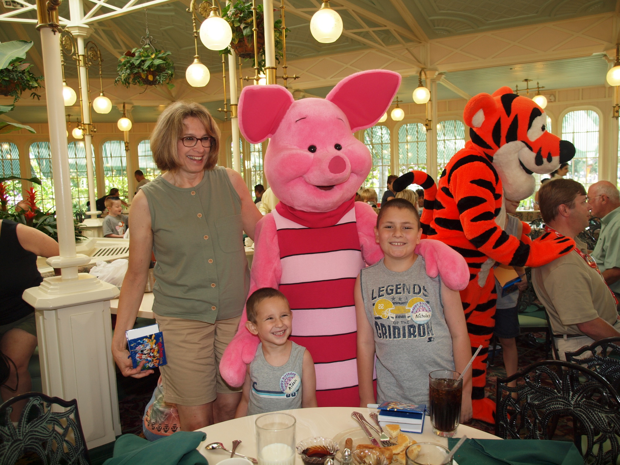 Magic Kingdom - Breakfast with Friends
