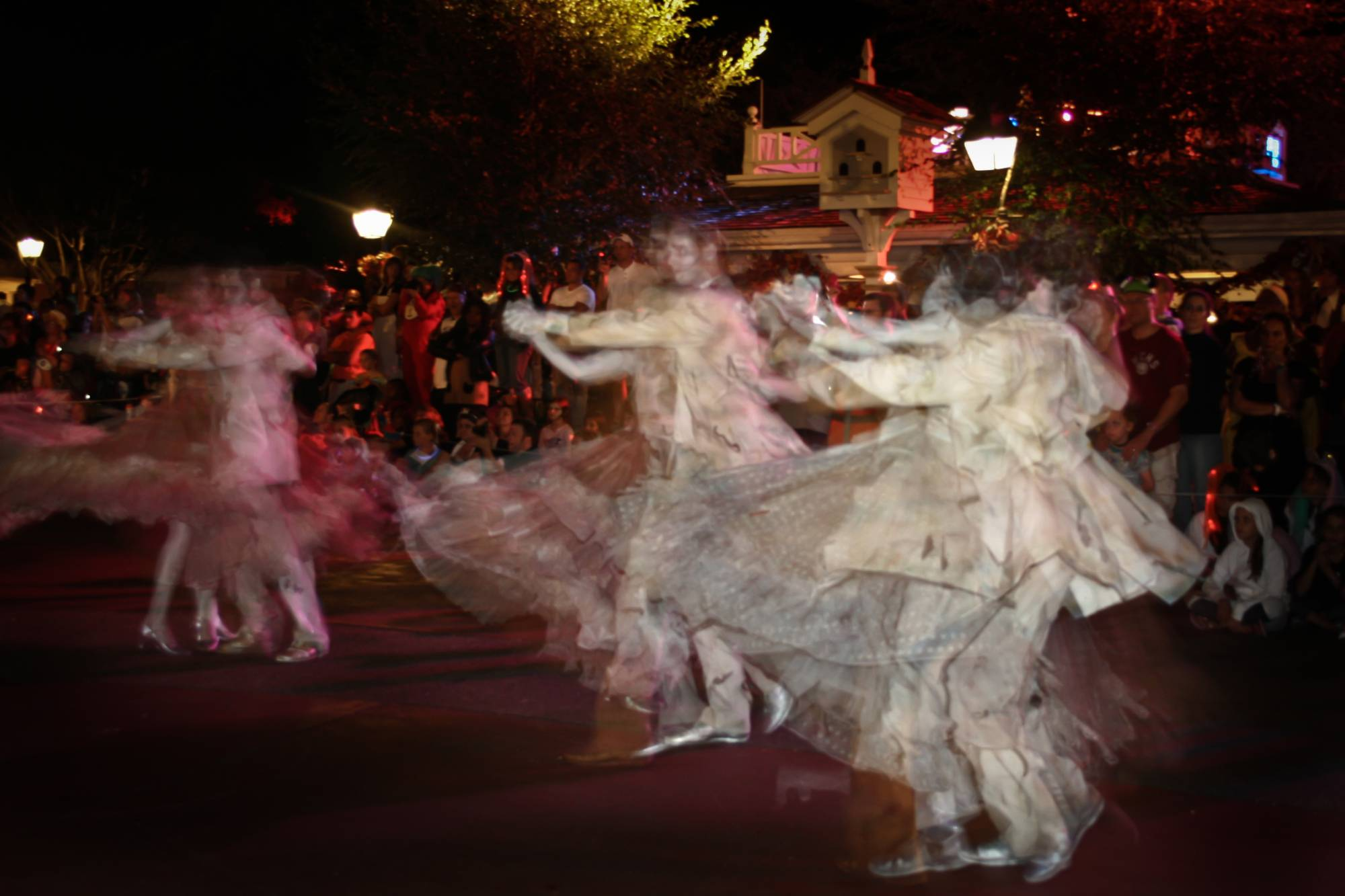 Ghostly Dancers