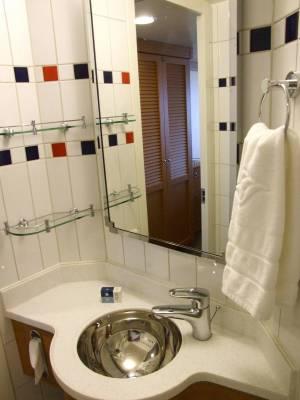 Disney Dream - Sink Stateroom (#7022)