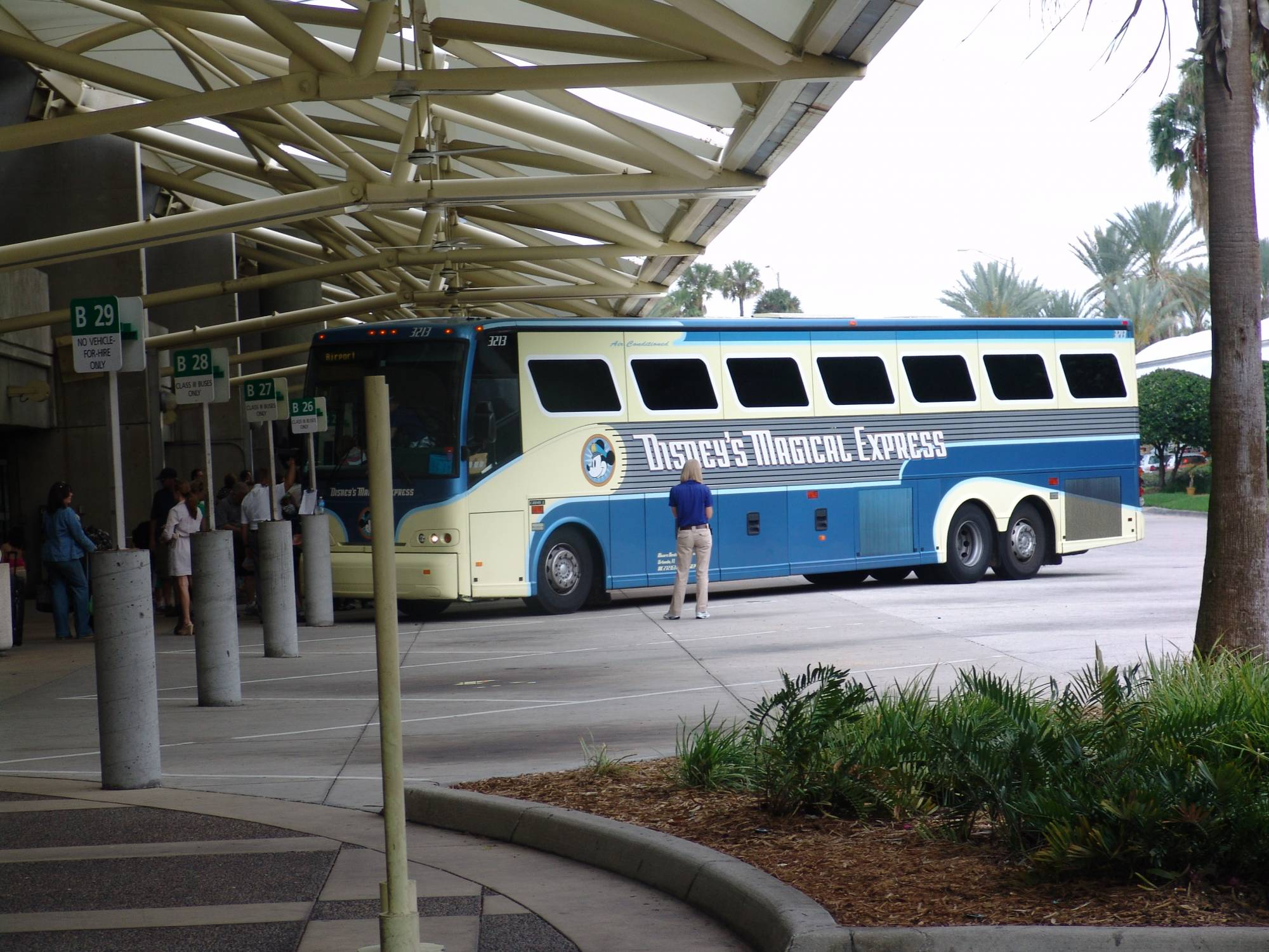 Orlando International Airport - Disney's Magical Express bus