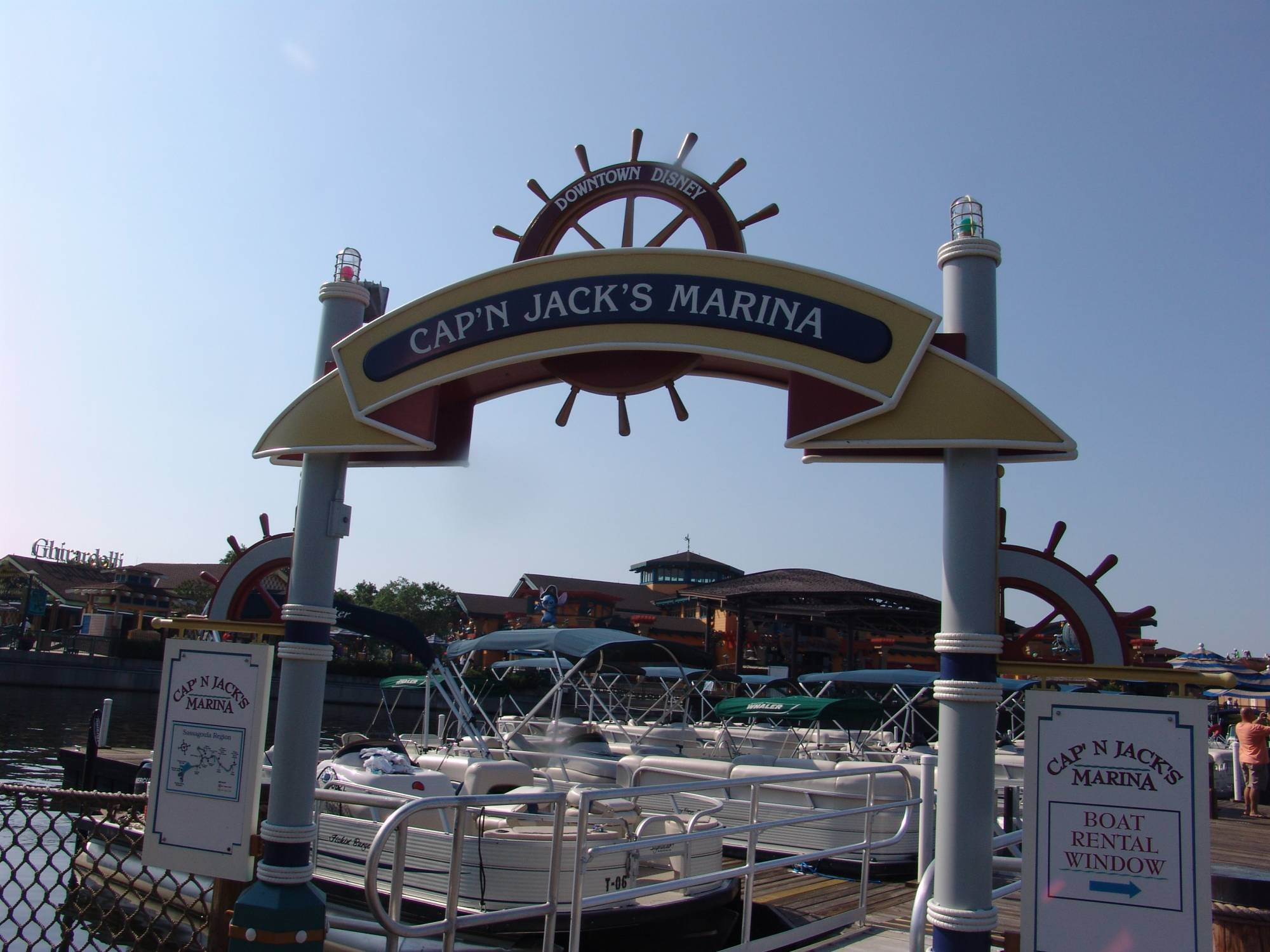Downtown Disney - Cap'n Jack's marina