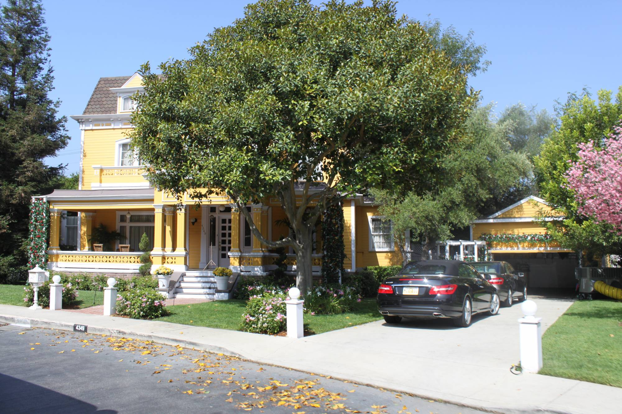 Universal Studios Hollywood Studio Tour - Wisteria Lane