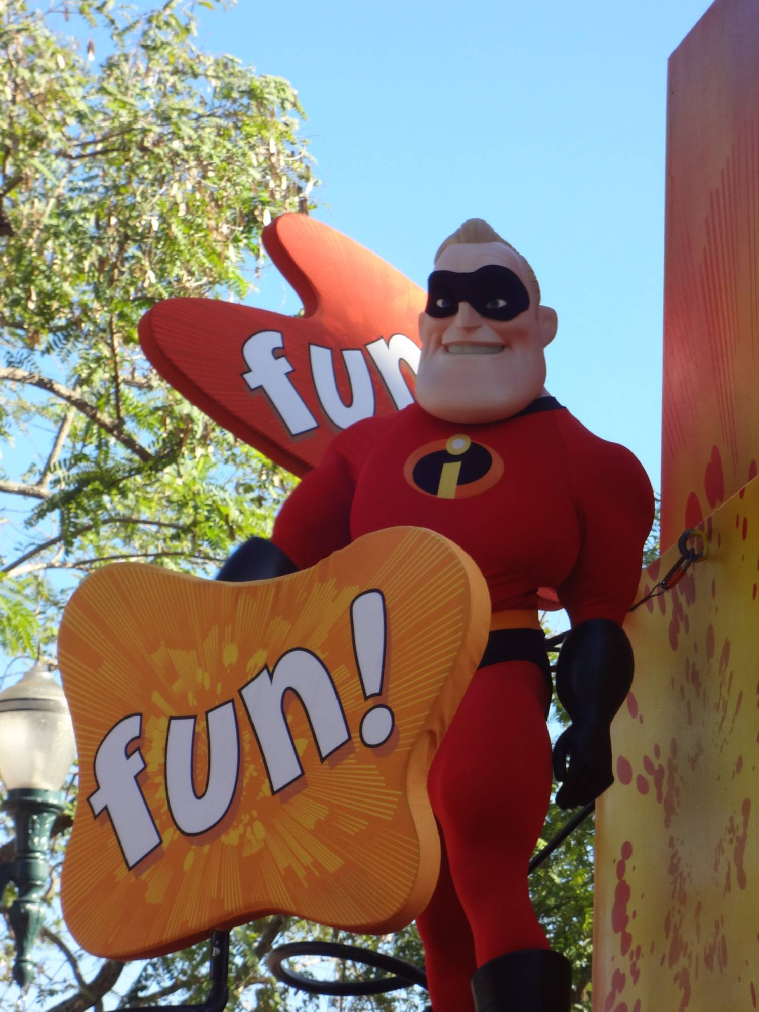 Disney's Hollywood Studios - Pixar Parade