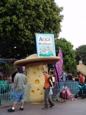 Disneyland - Alice in Wonderland