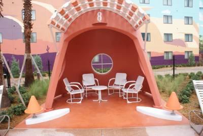 Cozy Cone pool cabana