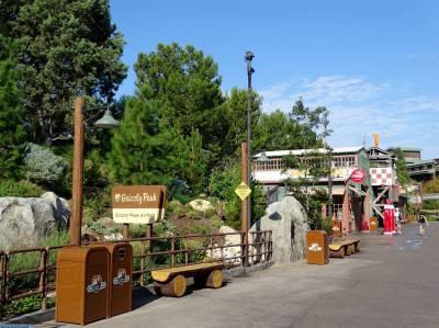 Disney's California Adventure - Grizzly Peak