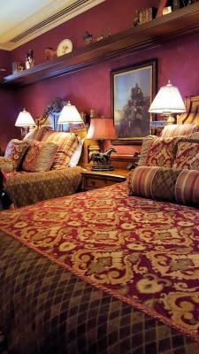 Disneyland New Orleans Square Dream Suite second bedroom