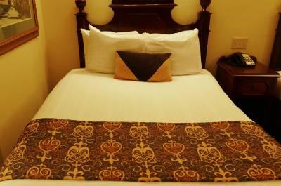 Bed at Port Orleans French Quarter