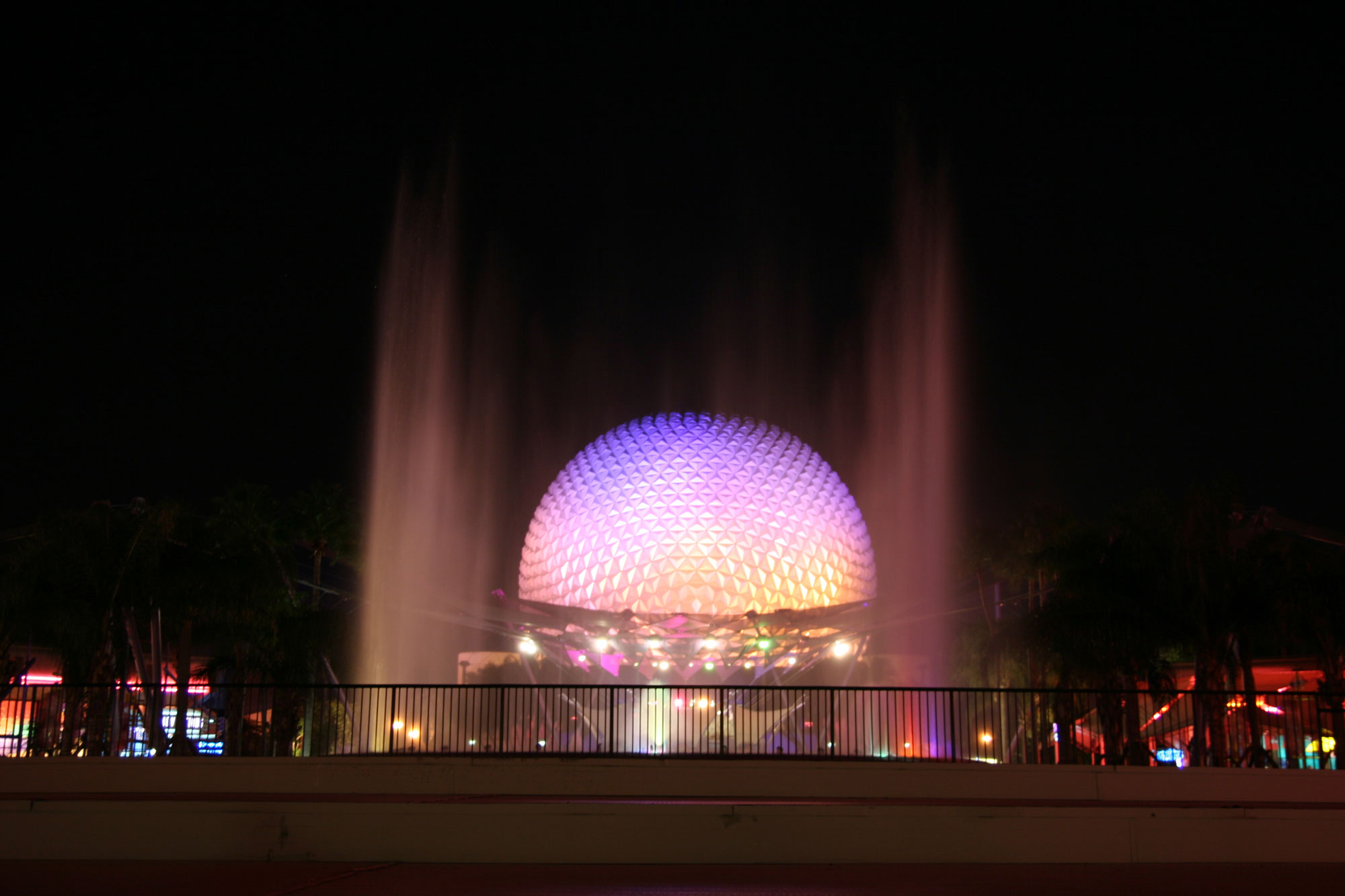Spaceship Earth with fountain spouting