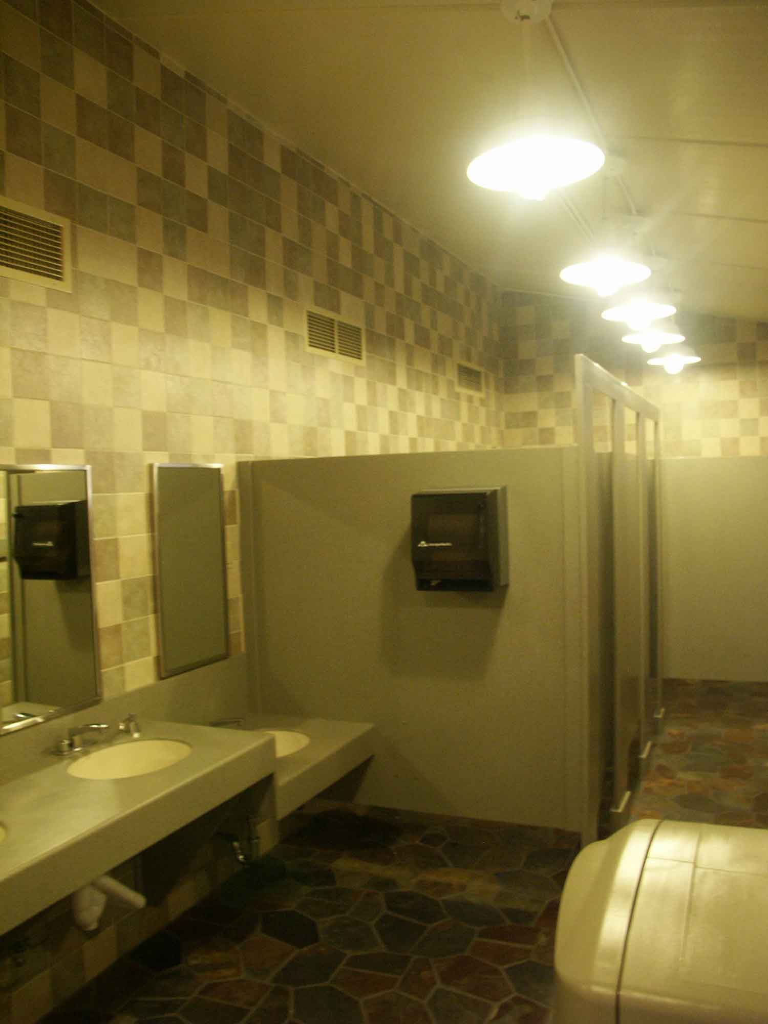 Fort Wilderness - Comfort Station Sinks